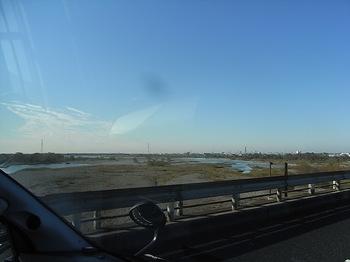 オグショーへの道(天竜川).JPG